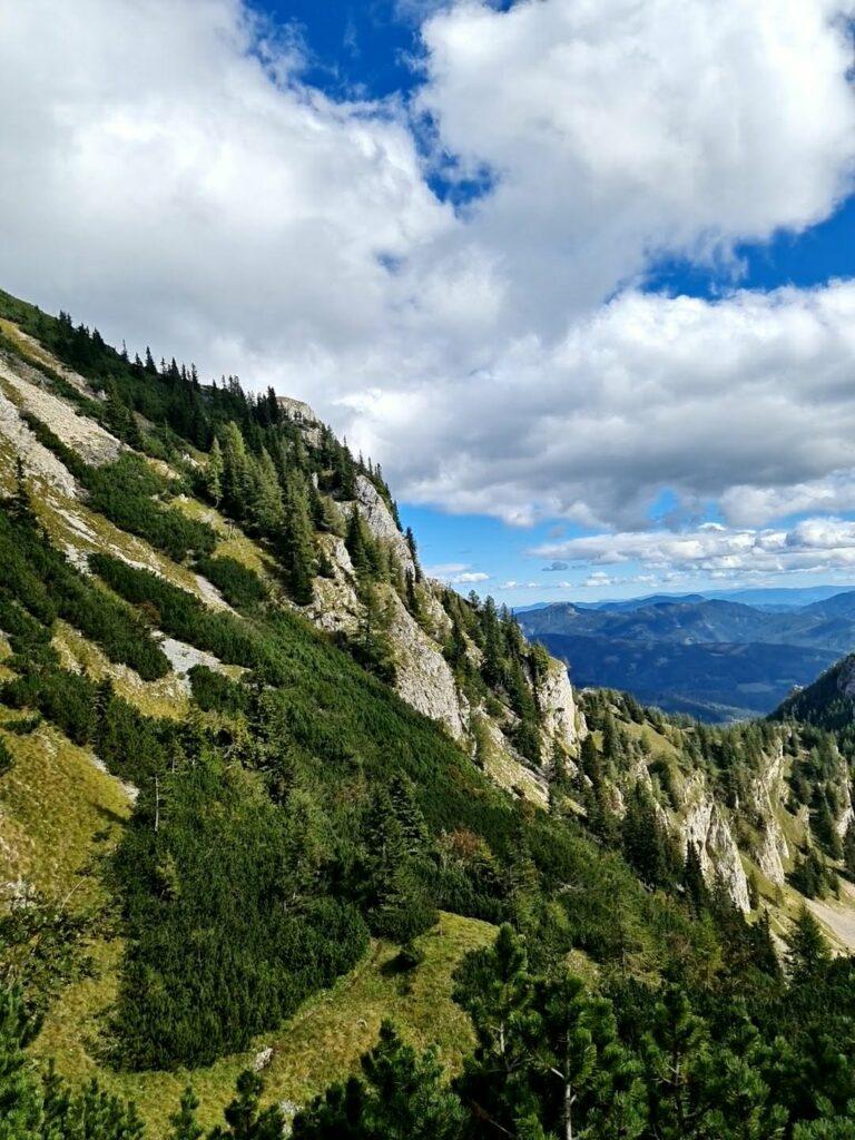 Gai: Gößeck (2214m) Diesen Berg hatte ich schon lange auf meiner Liste, der Gedanken an den Ausblick hat mir schon das Herz höher schlagen lassen. Sicherlich war daran auch die 1330 hm die man zurücklegt schuld.